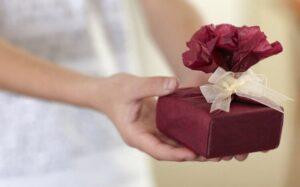 10 ideas de regalos para abuelas mayores