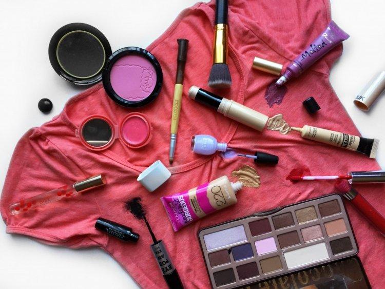 10 trucos para combinar el maquillaje con tu ropa