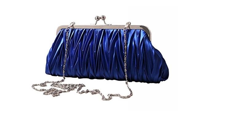 e92d84ff0 El bolso de fiesta que se presenta a continuación es una opción realmente  bonita elaborada con perlas de la mejor calidad que incluye además dos  tiras de ...