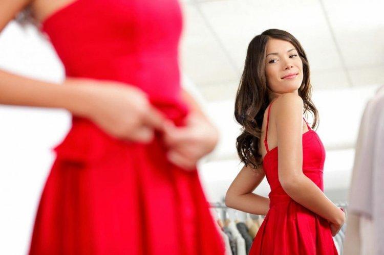 Complementos para un vestido rojo