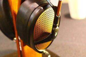 ¿El volumen alto con los auriculares puede dañar tus oídos?