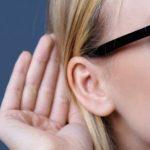 Gafas con audífono, ideales para no renunciar a la moda