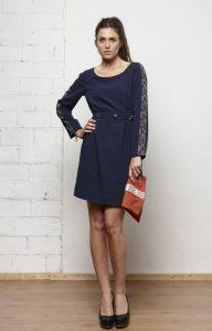 Mejores complementos para un vestido azul marino