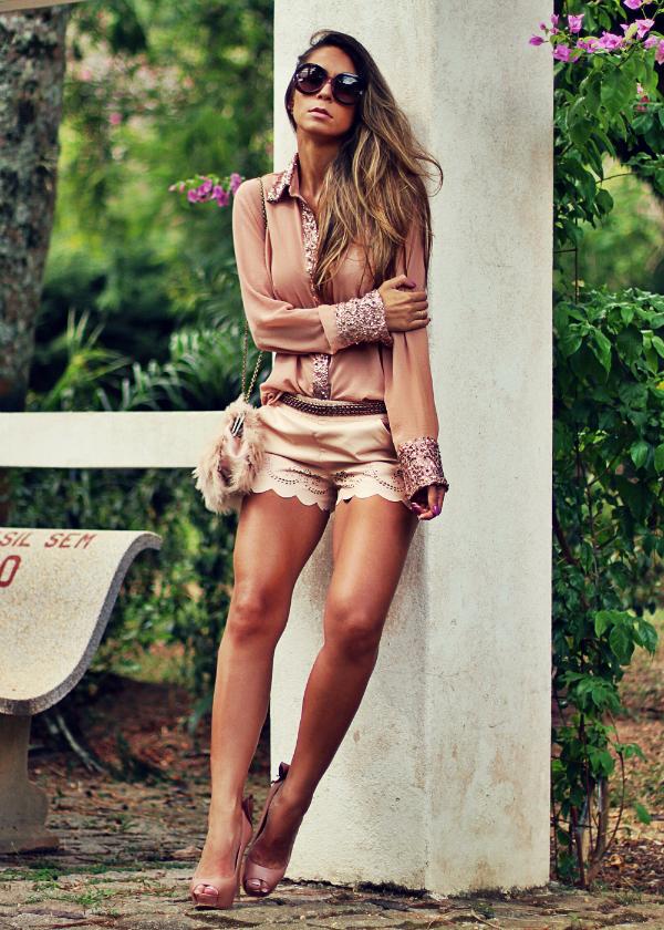 Vestir calzado en tonos nude